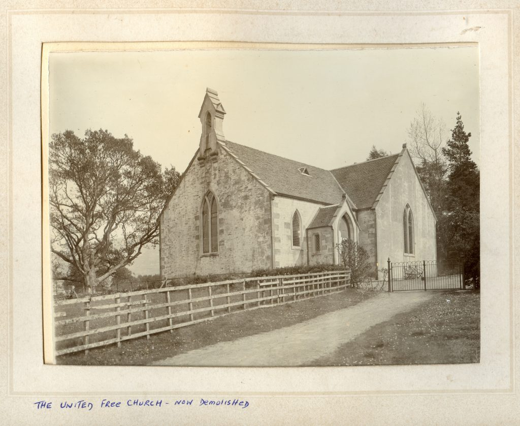 Photo of The Free Church from the MacDonald Collection