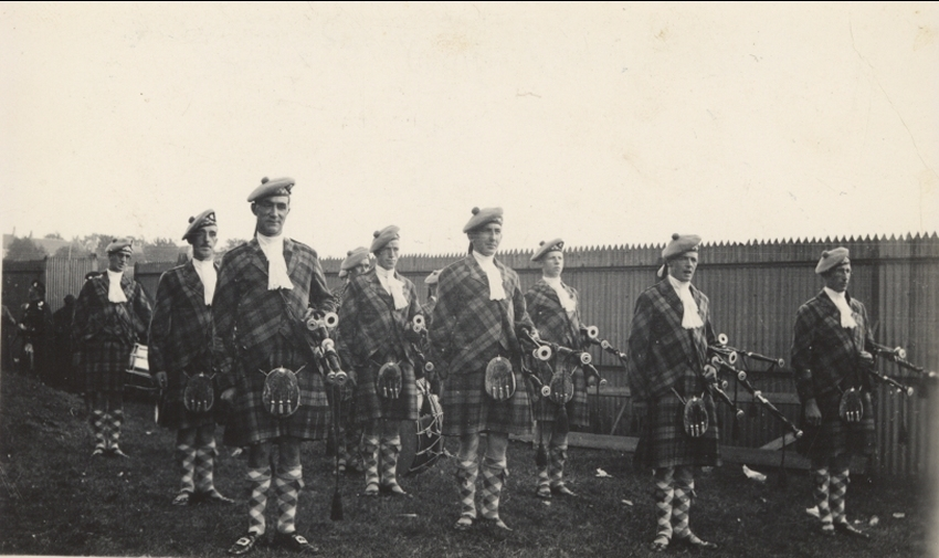 photo of Miss Joan Campbell of Strachur Pipe Band