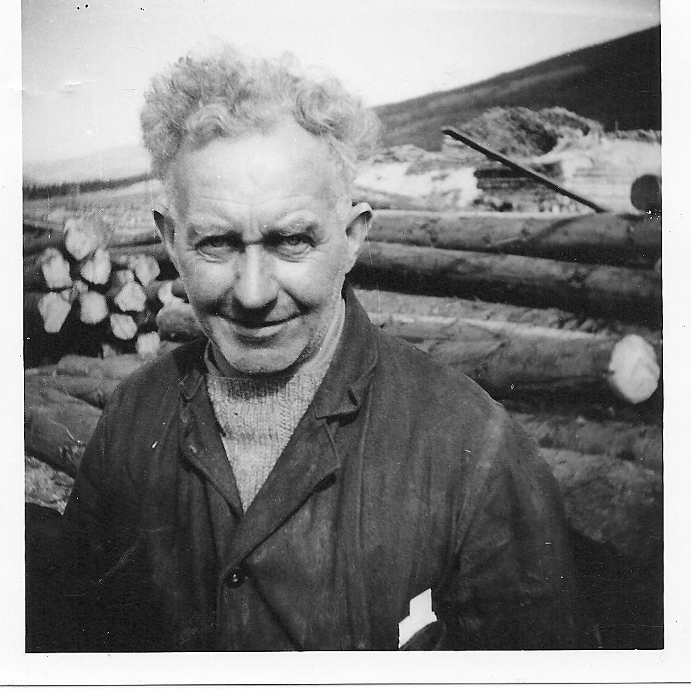 Roddy Luke, Haulage Contractor for Cowal Ari Sawmill abt. 1962