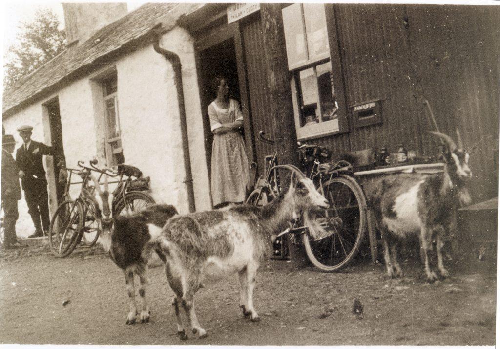 Sunfield, Strathlachlan Post Office